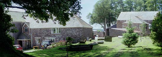 dartmoor farm holiday cottage